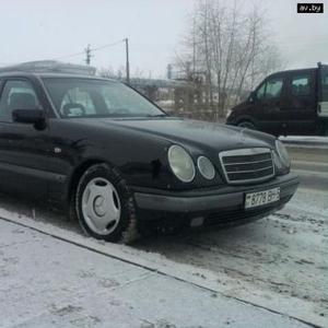 Продам Mercedes E210