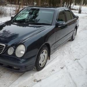 Mercedes E-klasse (W210)