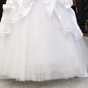 продам свадебные платья