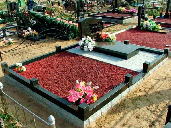 Благоустройство могил и установка памятника  Солигорск 5